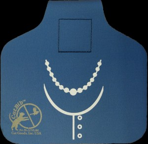Reflective Pearl Necklace CatBib